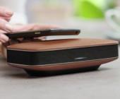 Vom Pioneer kommt die neue FreeMe-Serie. Die portablen Lautsprecher sind mit Echtleder-Bezug erhältlich. Das Besondere: Die Lautsprecher lassen sich via NFC mit Smartphones oder Tablets verbinden.