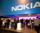 Der Handyhersteller Nokia hat Ende 2007 mehrere Millionen Euro Lösegeld bezahlt. Die Erpresser hatten damit gedroht, Verschlüsselungsfunktionen des Betriebssystems Symbian zu veröffentlichen.