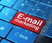E-Mail-Marketing-Taste auf einer Tastatur