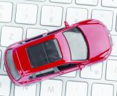 Auto auf Tastatur