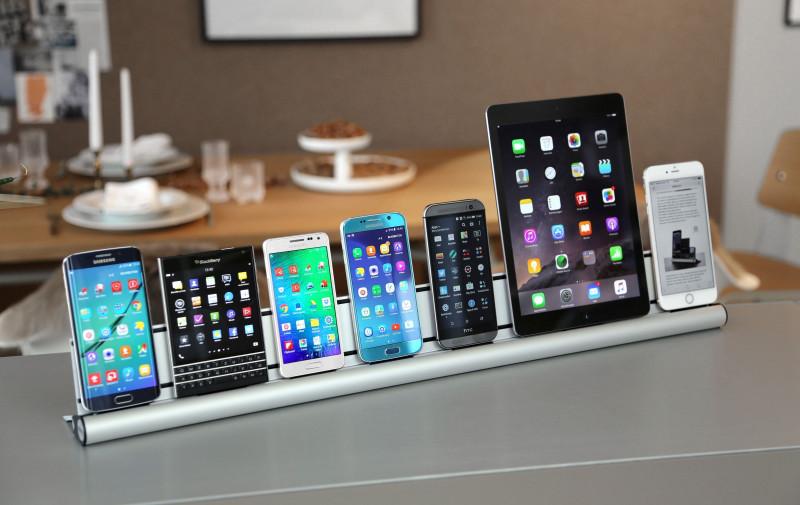 udoq xl dockingstation f r smartphones und tablets. Black Bedroom Furniture Sets. Home Design Ideas