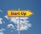 Start-up steht auf einem Schild